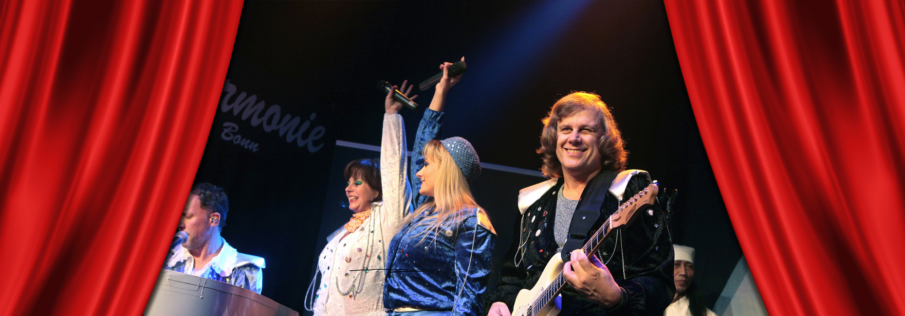 28. November | 19:30 Uhr: Waterloo - The ABBA Show